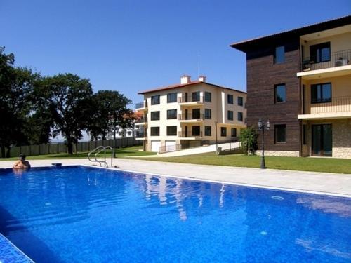 Hotel Pictures: Apartment in Priselski Manastiri Complex, Priseltsi