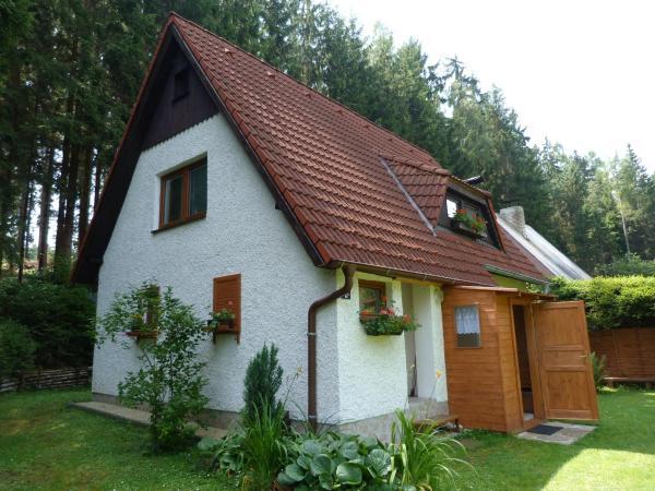 Hotel Pictures: Ferienhaus in Frymburk 1, Frymburk