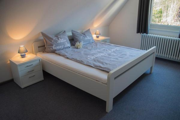 Hotelbilleder: Two-Bedroom Holiday home in Hage/Nordsee 2624, Hage