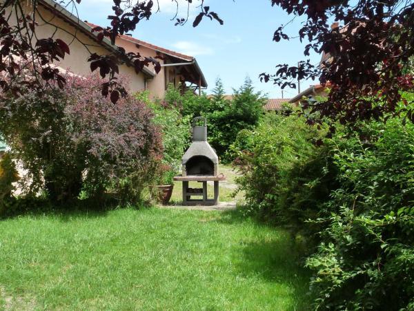 Hotel Pictures: Vergnon Iii, Savigneux