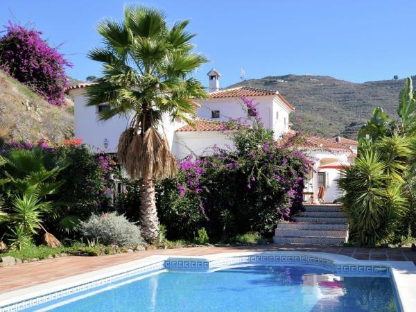 Hotel Pictures: Las Casillas 1, Caleta De Velez