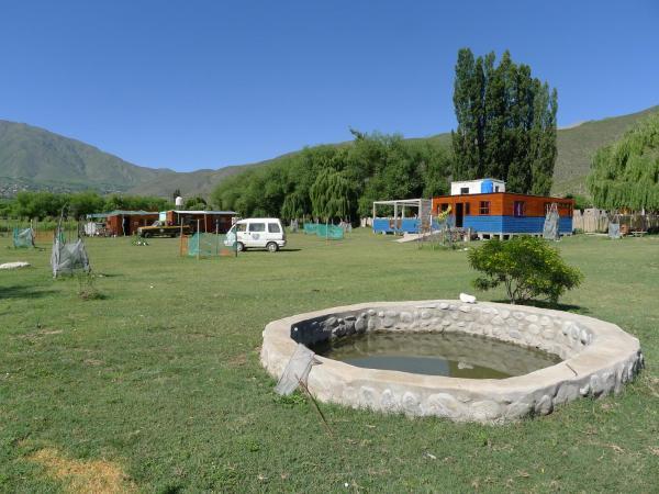 ホテル写真: Hostal Camping Pachaventura, El Mollar