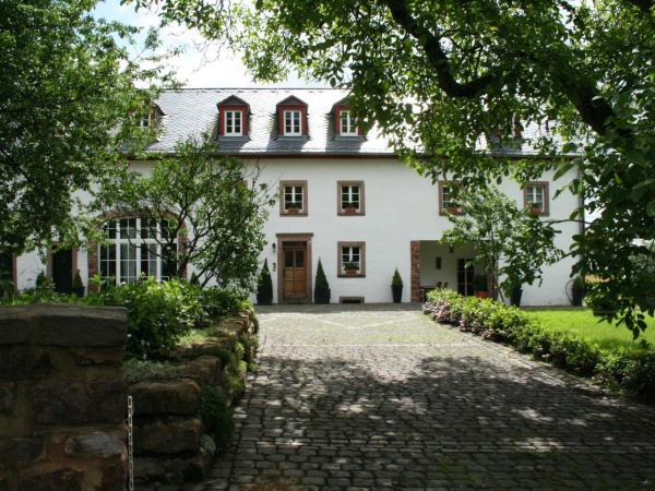 Hotel Pictures: Ritschberg, Wallenborn