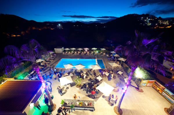 Hotel Pictures: Apartamentos Ses Veles, Cala Llonga