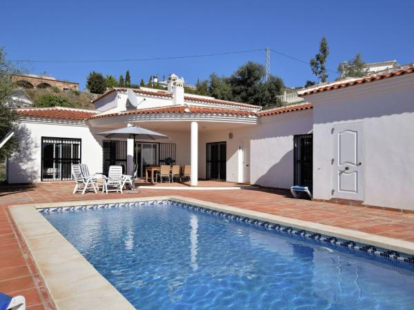 Hotel Pictures: Villa Oliva, Caleta De Velez
