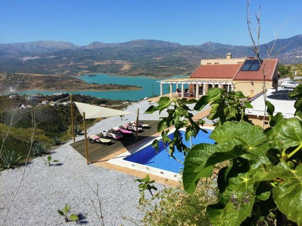 Hotel Pictures: Villa Aventurero, Viñuela