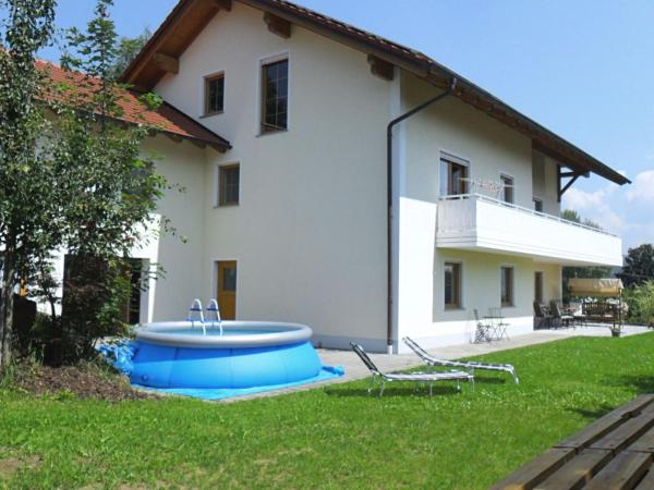 Hotel Pictures: Apartment Tresdorf 1, Viechtach