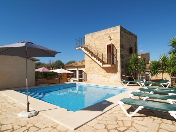 Hotel Pictures: , Ses Salines