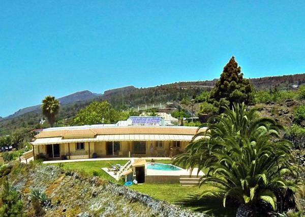 Hotel Pictures: Apartment Leon Finca Montimar, Los Carrizales