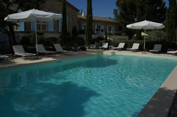 Hotel Pictures: Maison d'hôtes La Fontaine au Loup, Saint-Maurice-sur-Eygues