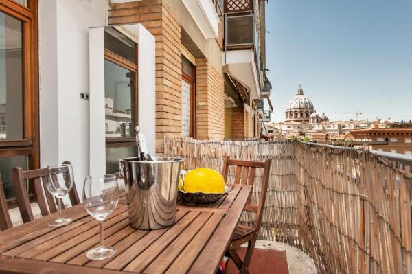 Foto Hotel: S. Pietro Terrace Apartment, Roma