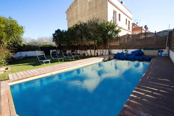 Hotel Pictures: Villa Merce Rodoreda, Tordera
