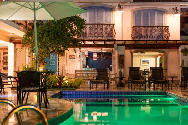 Hotel Pictures: Casa das Janelas Azuis, Niterói