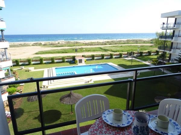Hotel Pictures: Anforas Mar Apart Creixell, Creixell
