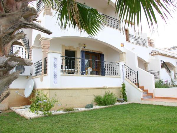 Hotel Pictures: Casa Las Hermanas, Villamartin