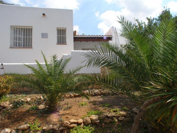 Hotel Pictures: Casa Illa, Cala Tarida