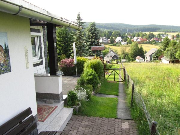 Hotelbilleder: Ferienhaus Amm, Altenfeld