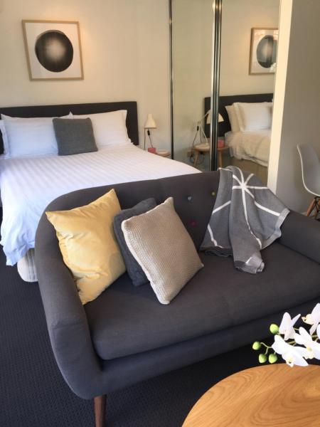 Hotel Pictures: Executive Studio in Bondi Junction, Sydney