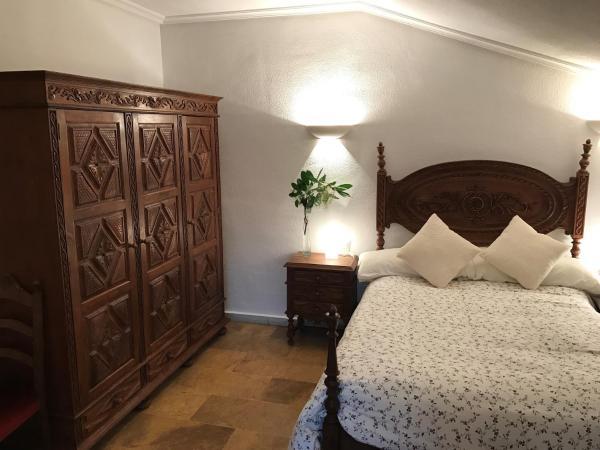 Hotel Pictures: Las Cavenes del Cabaco, El Cabaco