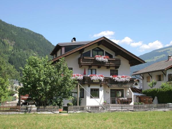 Fotos del hotel: Apartment Rosengarten 2, Zell am Ziller
