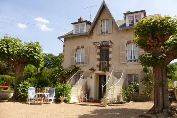 Hotel Pictures: Holiday home Les Buissonnets 1, Saint-Honoré-les-Bains