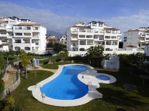 Hotel Pictures: Residencial Duquesa 2189, San Luis de Sabinillas