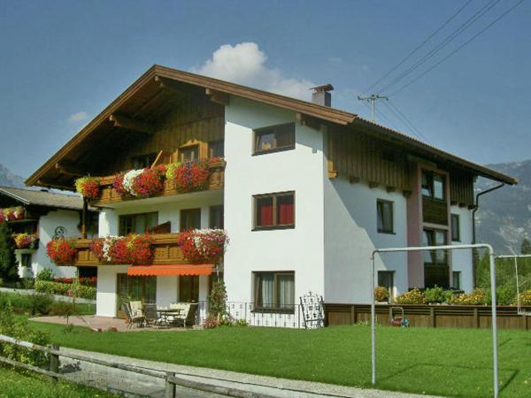 Fotos do Hotel: Apartment Sonnenblick 5, Reith im Alpbachtal