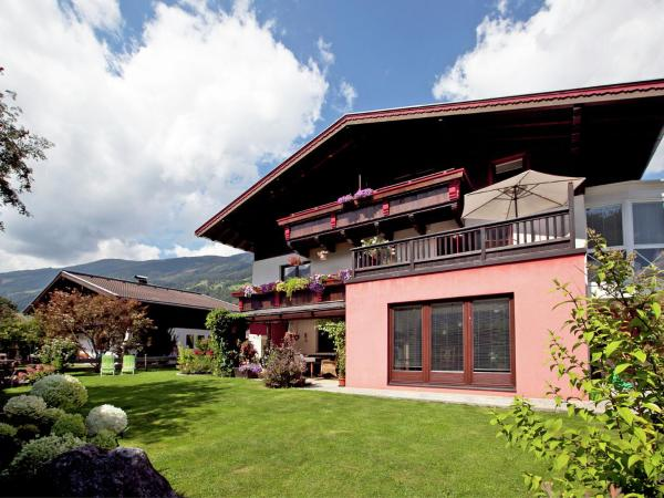 Hotel Pictures: Sandra, Bramberg am Wildkogel