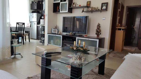 Hotel Pictures: Apartment in Complex Polo Resort, Sunny Beach