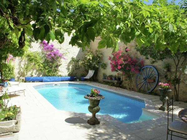 Hotel Pictures: Villa Catherina, Calvisson