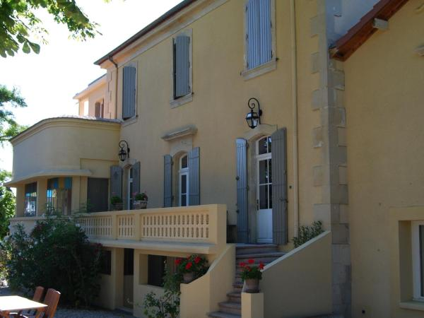 Hotel Pictures: Romarin Vi, Valréas