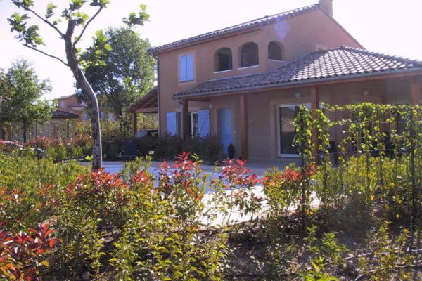 Hotel Pictures: Villa Domaine Les Rives De L Ardeche 1, Vallon-Pont-d'Arc