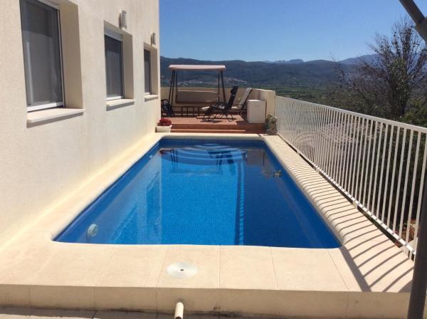 Hotel Pictures: Villa espagne, Sanet y Negrals