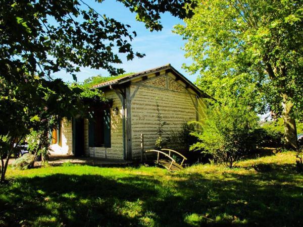 Hotel Pictures: Gites du Domaine Maison DoDo, Lamonzie-Saint-Martin