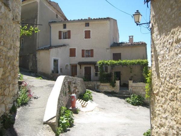 Hotel Pictures: L Oustalet, Caseneuve