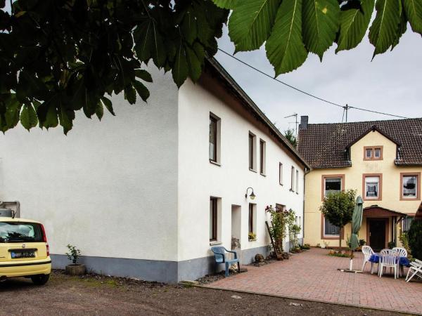 Hotel Pictures: Adlerhorst, Strotzbüsch