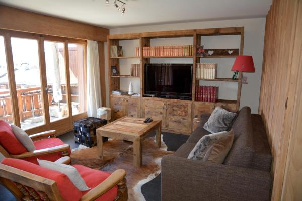 Hotel Pictures: Two-Bedroom Apartments Romaine, Verbier