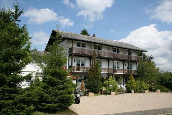 Hotel Pictures: Studio Eifel Inn, Feuerscheid