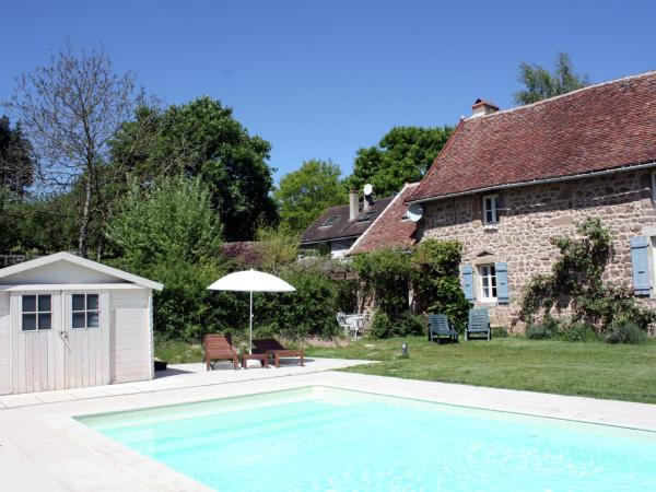 Hotel Pictures: Holiday home Eveline, Ozolles