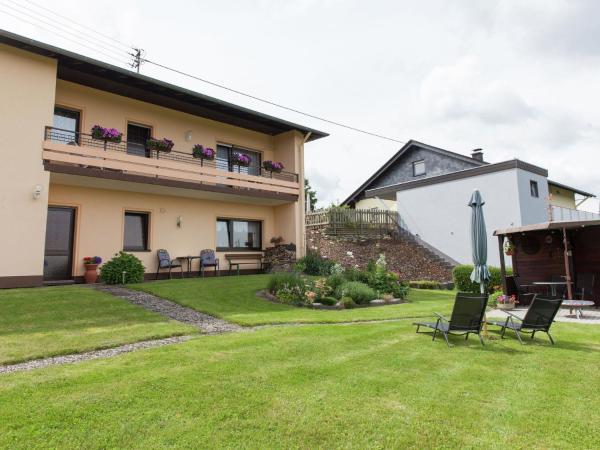 Hotel Pictures: Landblick, Morbach