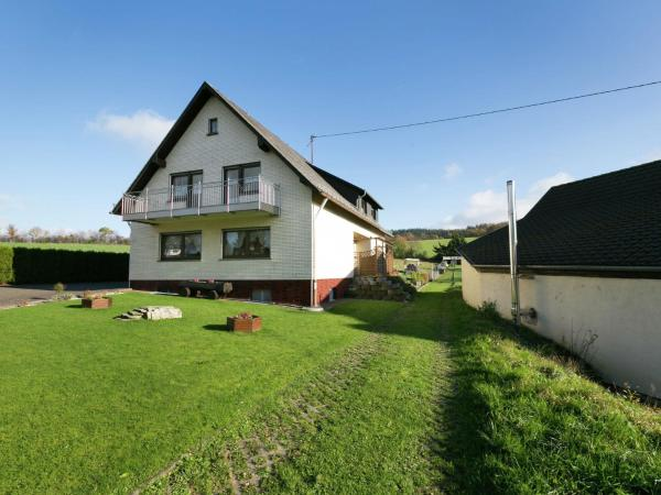 Hotel Pictures: Apartment Haus Helga 2, Morbach