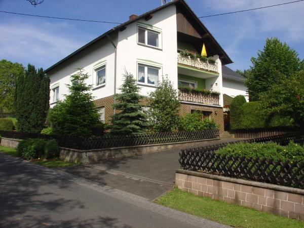 Hotelbilleder: Ferienwohnung Waldeifel, Kyllburg
