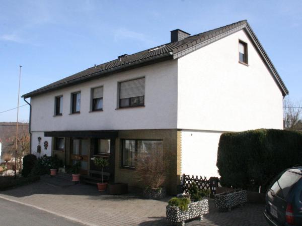 Hotelbilleder: Apartment Ferienwohnung Sauerland 2, Alme