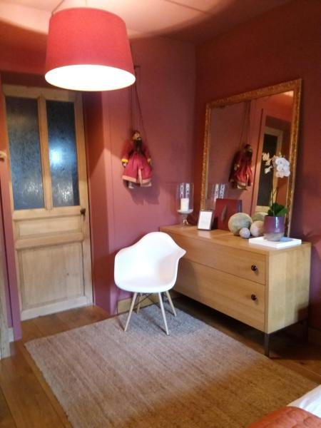 Hotelbilleder: B&B La Chambre d'à Côté, Aische-en-Refail