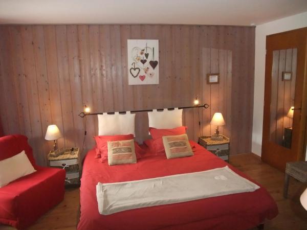 Hotel Pictures: Le Domaine du Grand Cellier Chambres d'hôtes en Savoie, Tournon