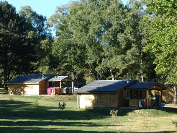 Hotel Pictures: Camping Domaine du Lac de Miel, Beynat