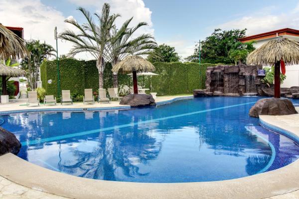 Hotel Pictures: La Paloma Blanca F1, Las Mantas