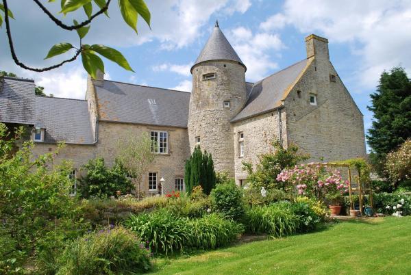 Hotel Pictures: Le Manoir De Juganville, Saint-Martin-de-Varreville
