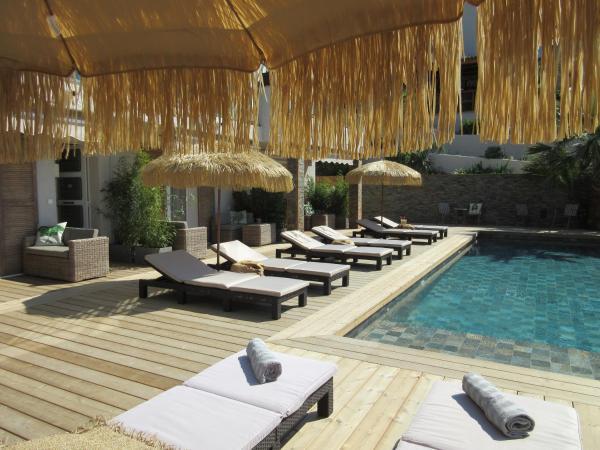 Hotel Pictures: Villa Tricoli, Les Issambres