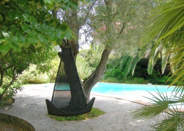 Hotel Pictures: Campagne Beausoleil, La Seyne-sur-Mer
